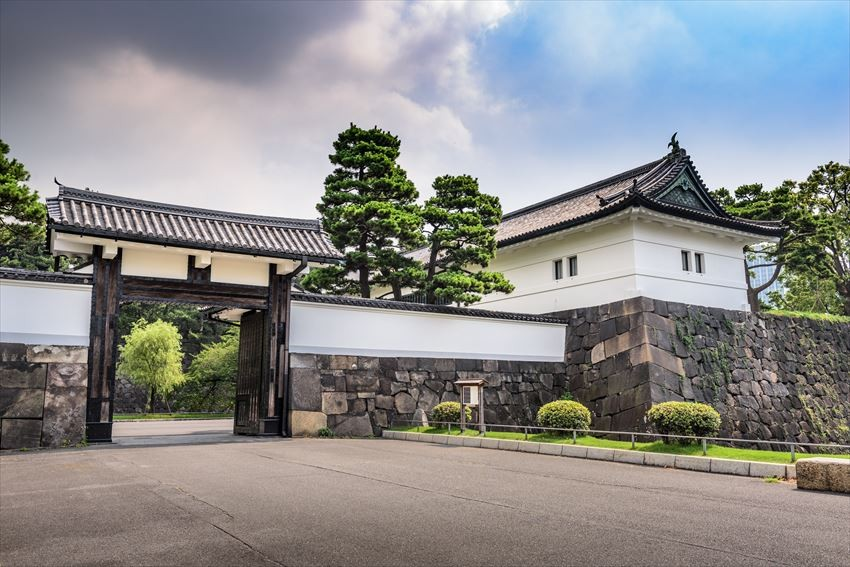 Spend a Relaxing Day in Imperial Palace's Garden!