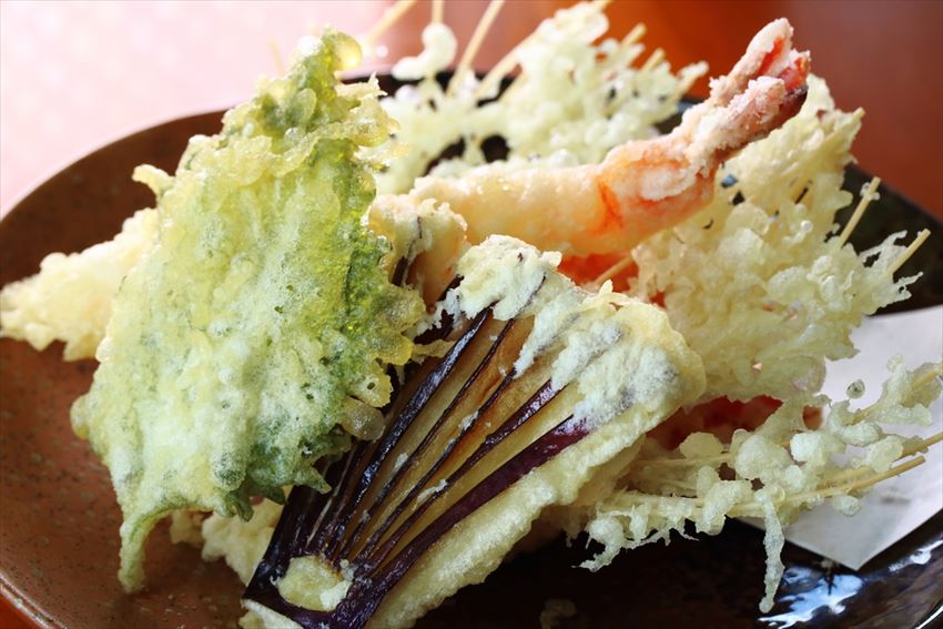 20161228-17-05-Top10-Japanese Foods-To-Try