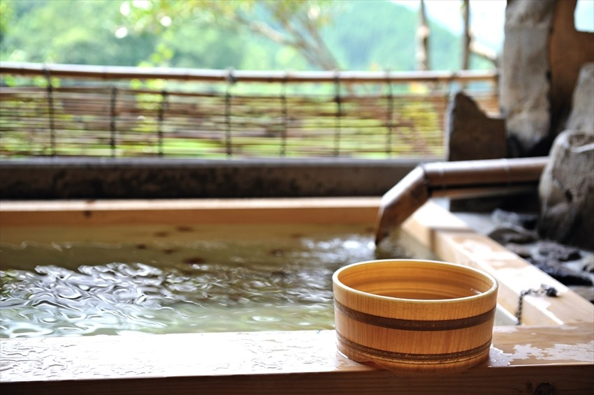 Component-filled, History-rich Arima Onsen